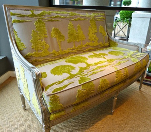 Wesley Hall Settee with Velvet Gauffrage